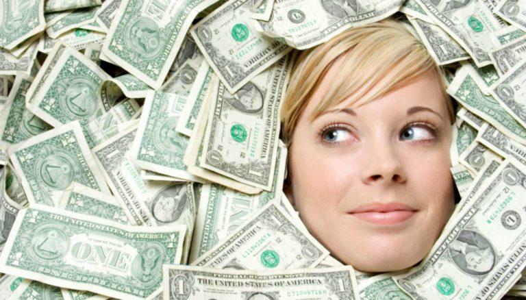 Read more about the article Вы всё ещё просите денег у мужчины?
